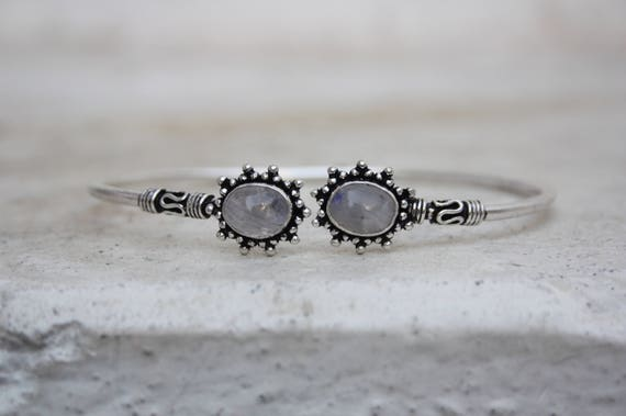 MOONSTONE MIDI CUFF -Silver Bracelet- Moonstone- Healing Crystal Jewellery- Chakra- Statement bracelet- Boho- Vintage jewellery- Tibetan
