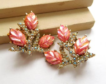 Vintage Pastel AB Rhinestone Iridescent Molded Pink Leaf Gold Clip On Earrings D41