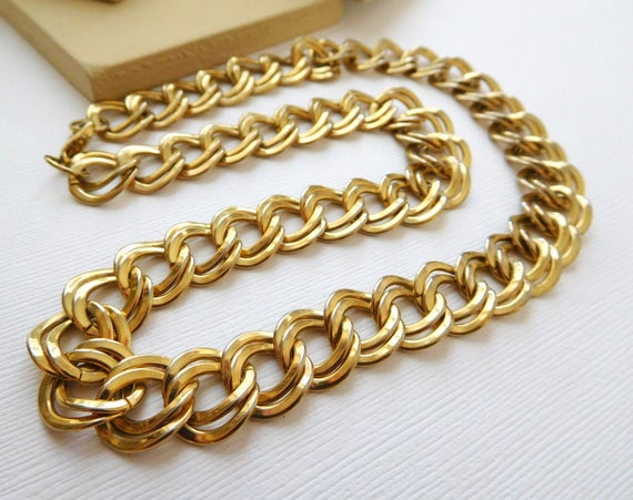 Vintage Retro Yellow Gold Tone Double Cable Chain Mod Chic Necklace A33
