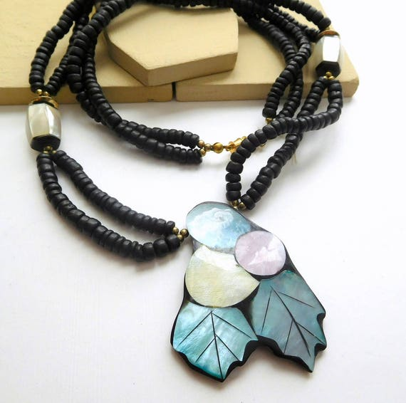 Vintage Abalone Shell Mosaic Berries Mother Of Pearl Black Bead Necklace L39