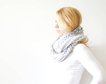 SPRING SALE chunky crochet infinity scarf - marble white - the ALBERTA