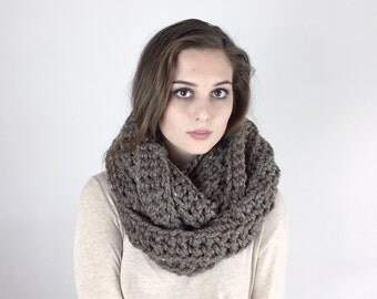 Infinity Scarf Crochet Cowl Loop Ribbed Circle Scarf THE NEPHIN in Barley