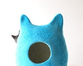 Blue cat bed - cat cave - pets bed - turquoise cat bed - made to order - Valentines gift - gift for pets - handmade cat bed - cat house