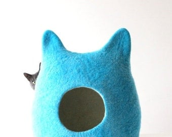 Blue cat bed - cat cave - pets bed - turquoise cat bed - made to order - unique gift - gift for pets - handmade cat bed - cat house