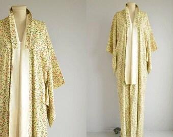 Vintage Silk Kimono / Hand Stitched Cherry Blossom Floral Scenic Print Geisha Kimono Robe /  Made in Japan