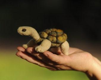 Needle felt turtle