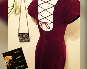 90s Burgundy Velvet Dress with Lace-Up Back - Scoop Neck Short Sleeve Dress - Princess Cut - Maroon Grunge Revival Dress - Womens Medium