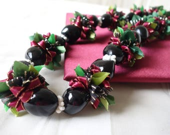 Hawaiian Kukui Nut Ribbon Lei Burgundy