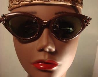 1950's Vintage Boho Gypsy Brown Frame Cat Eye Sunglasses