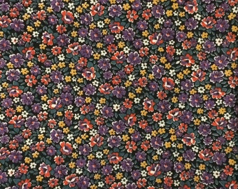 Cotton Fabric / Cotton Calico Fabric / Purple Floral Fabric / Purple Calico Fabric / Floral Fabric / Quilting Fabric