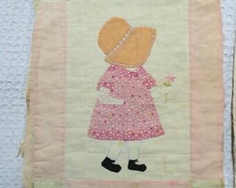 Sunbonnet Sue Quilt Squares / Dutch Doll Quilt Squares / Vintage Quilt Squares / Embroidered Quilt Squares / Vintage Sunbonnet Sue