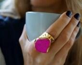 Hot Fucchsia  - Dyed Howlite Statement Cigar Ring