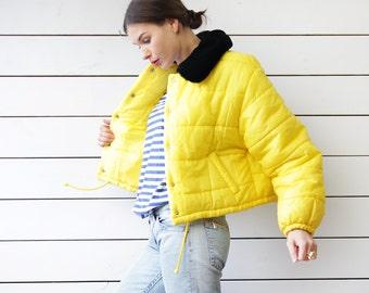 Italian vintage bright yellow black faux fur collar warm puffy padded winter oversized jacket coat