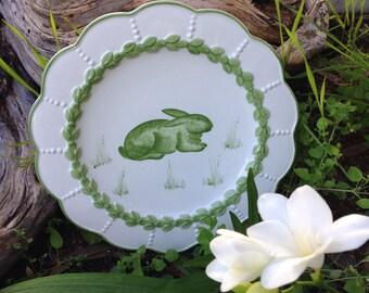 Easter plates set of 4 Italian ceramic (wall?) plates bunny rabbit rooster chicken duck spring green laurel RARE