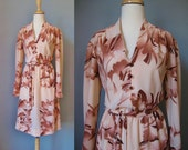 Peach Shirt Dress / Vtg 7...