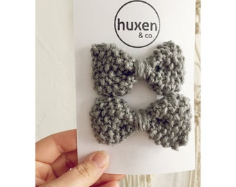 Set of two GREY KNIT BOWS with silver specks, Hand Knit Bows, Matching Bow Hair Clips