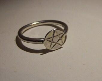 silver pentagram ring