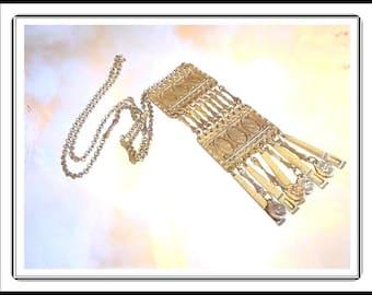 Robert Zentall's Unique 1970's Pendant & Skinny Chain  Necklace -  Neck-1274a-02191708