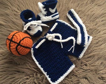 Newborn   Photo Prop set,Baby Basketball set,Baby Basketball shorts,booties,headband,Baby boy knit ,shorts,booties,ball