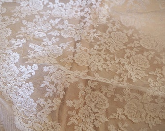 ivory alencon lace fabric with retro floral, cord lace fabric, bridal lace fabric, Jacquard lace fabric by the yard, 2017