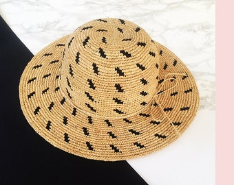 Textured summer straw hat , Wide brim sun hat , beach hat , travel hat , straw hat , womens straw hat , fashionable straw hat ,  hats women