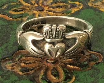 Vintage Claddagh Ring, Sterling Silver, Irish Wedding Ring, Size 6.75 Ireland Friendship Ring St Patricks Day