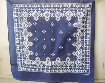 Vintage cotton bandana made in the USA 100% cotton diamond pattern navy blue and white  20 x 20 inches