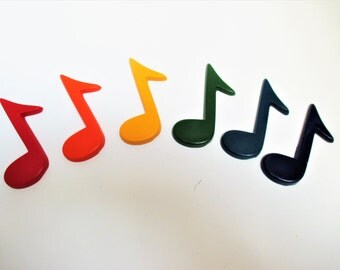 Music note crayons, party favors, goody bags, recycled crayons