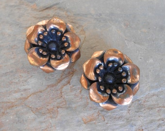 Vintage Mid Century Modern Copper Flower Renoir like Clip On Earrings