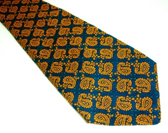 1970s Wide Paisley Tie Mens Vintage 70s Disco Era Orange & Blue Textured 100% Polyester Necktie with Paisley Designs