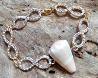 Hawaiian Cone Shell Infinity Chain Bracelet