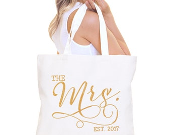 Bride Bag : The Mrs Tote Bag, Jumbo Bride's Tote,  Bridal Shower Gift, Bachelorette Party, Engagement, Carryall, Gold Bridal Tote, Bridal