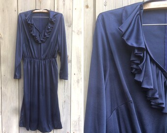 Vintage dress | 1970s slinky navy blue knit dress with ruffle detail