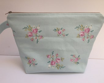 Large Toiletry bag/ travel bag/ cosmetics bag, made with cotton linen fabric and fully lined with water resistant fabric