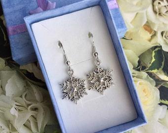 Silver Snowflake Earrings - Christmas Earrings