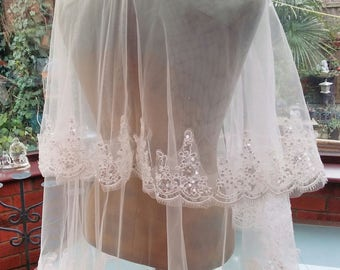 Free Worldwide Shipping waist length wedding veil ivory lace edged embroidered double layered veil with attached combe
