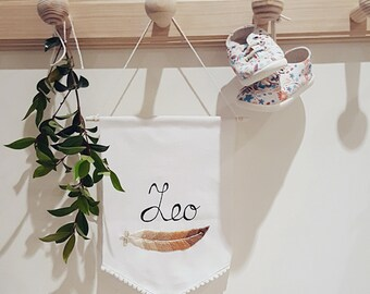 Personalized name banner / Embroidered feather banner  / Handmade embroidery / Nursery Banner