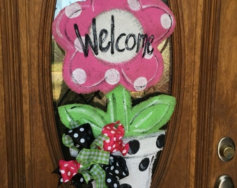 Flower pot burlap door hanger