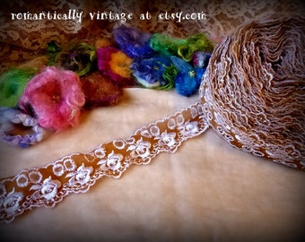 Lace, Vintage Inspired, Trim, Tea Stained, Flowers, Sewing, Supplies, Embellishments, Shabby Chic, Crafts, Destash, Venice, Victorian