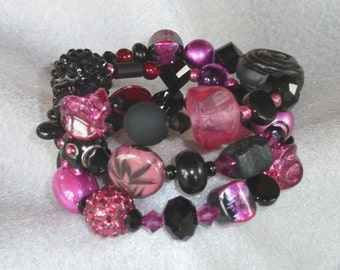 Memory Wire Bracelet, Elegant Black and Pink with a Variety of Shapes and Textures