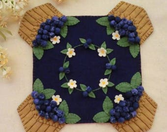 BLUEBERRY BASKETS Wool Applique Cath Penny Rug Candle Mat    Pattern only