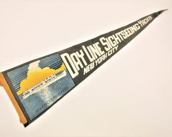 Vintage Pennant for 'Day Line Sightseeing Yachts' - M. V. Knickerbocker Yacht - Vintage Wool Felt Pennant - Souvenir Pennant From 1930s