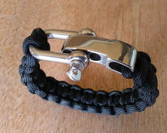 Para-cord bracelet with a stainless steel adjustable shackle.