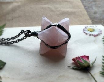 Merkaba, Rose Quartz, pink quartz, eco tin, nickel and lead free, geometric stone, Crystal Necklace, natural crystal, meditation, MARIAELA