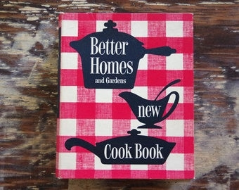 1953 Better Homes and Gardens New Cook Book Red White Checked 5 Ring Binder | 1st Edition 9th Printing