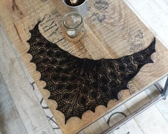 knitted black lace dollfie shawl, SD, BJD by szoszonka