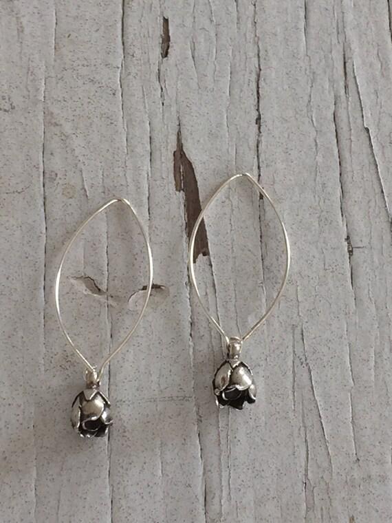 Rosebud. Handcrafted fine silver rosebud drop earrings.