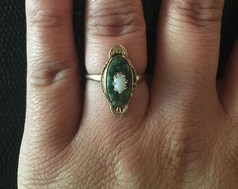 Art Deco Opal 10 K Gold Ring