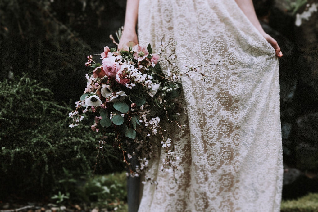 Cream Lace Backless Bohemian Wedding Dress Simple Wedding: Ivory Or White Lace Bohemian BACKLESS WEDDING GOWN. Simple And