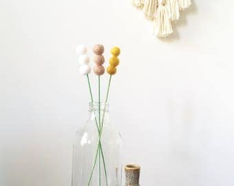 Felt ball reeds, pom pom flowers, felt ball flowers, billy buttons, wedding bouquet, felt flowers, cake topper, party decor, wedding decor
